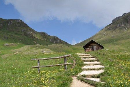 Peitlerscharte–Schlüterhütte Rundwanderung von Campill
