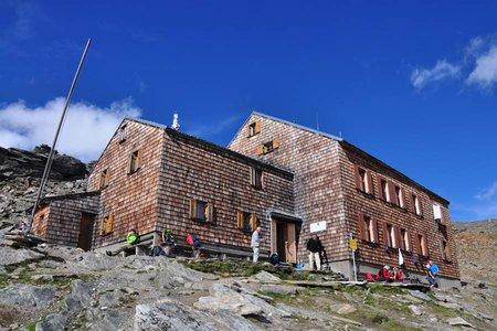 Defregger Haus (2962 m) von der Johannishütte