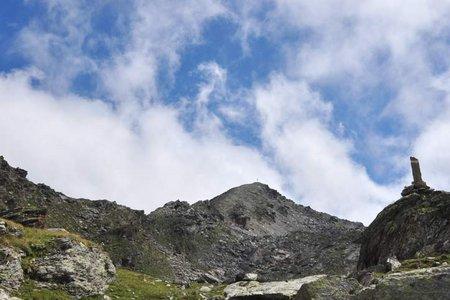 Kreuzspitze (2746 m) durch das Arztal