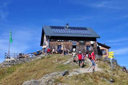 Kellerjoch Hütte (2237 m) über die Gartlalm