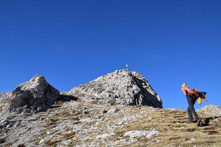 Piz Pares – Sas de Crosta (2396 m) vom Parkplatz Ciurnadù