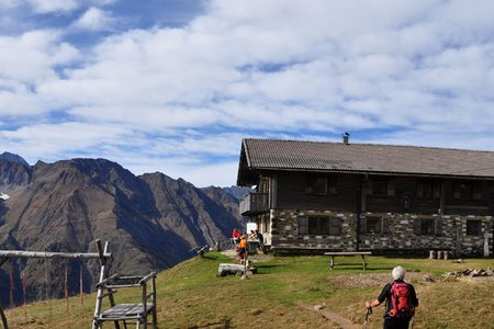 Schutzhütte Hochalm, 2174 m – Wanderung von der Morx Puite