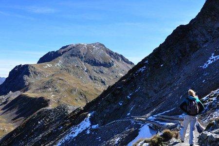 Tatschspitze (2526 m) vom Penser Joch