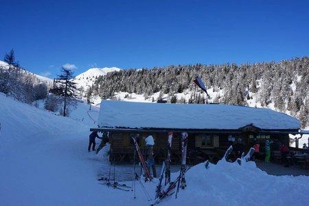 Winterwanderung (auch Rodelwanderung) zur Anratter Hütte