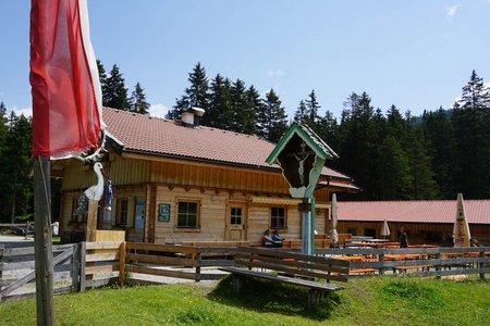 Matreier Ochsenalm von der Bergstation Serleslifte
