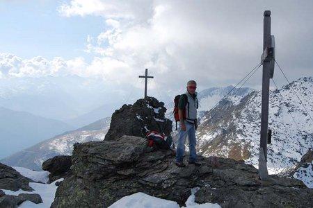 Naviser Sonnenspitze (2619 m) von Navis