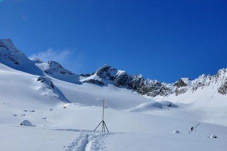 Innere Sommerwand (3082 m) von der Franz Senn Hütte