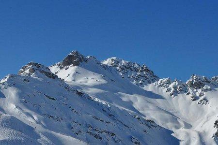 Niederer und Hoher Burgstall (2436/2611 m) vom Kreuzjoch