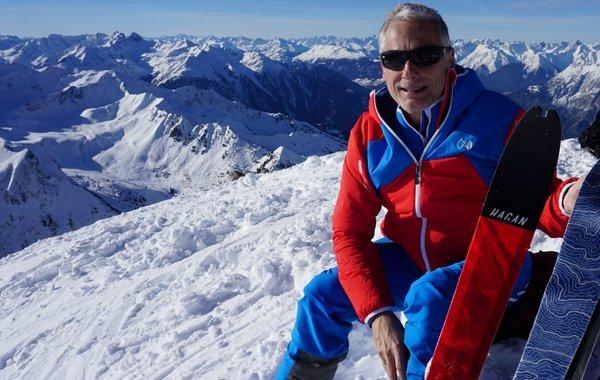 Ernst Aigner von Almenrausch mit Hyphensports bei Skitouren