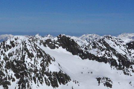 Winnebacher Weißkogel (3182 m) von Lüsens
