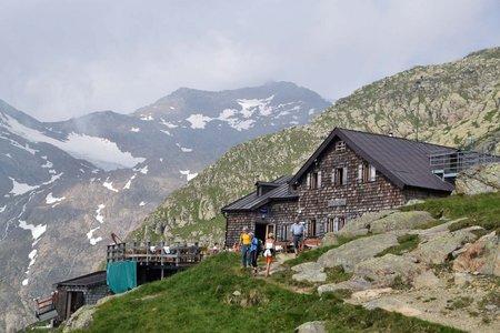 Gschnitzer Tribulaunhütte – Pflerscher Scharte - Hoher Zahn – Weißwand – Magdeburger Hütte