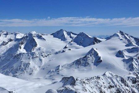 Similaun (3599 m) von der Martin Busch Hütte