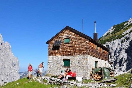 Fritz-Pflaum-Hütte (1865 m) von der Griesneralm