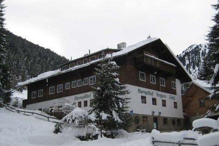 Skitour (Hüttenzustieg) zum Alpengasthof Bergheim Fotsch