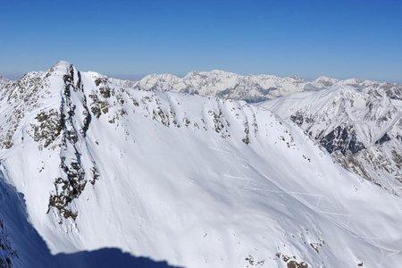 Hochreichkopf (3010 m) von der Schweinfurter Hütte