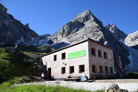 Gasthof Feuerstein – Gschnitzer Tribulaunhütte