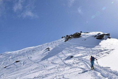 Rötenspitze (2875 m) durch das Faltmartal