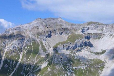 Kesselspitze (2728 m) von der Blaserhütte