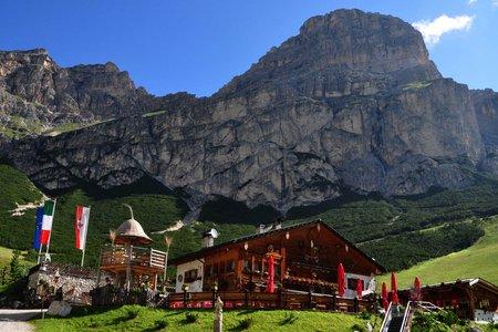 Edelweiss Hütte (1832 m) von Kolfuschg