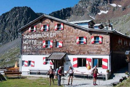 Innsbrucker Hütte (2369 m) vom Gasthof Feuerstein