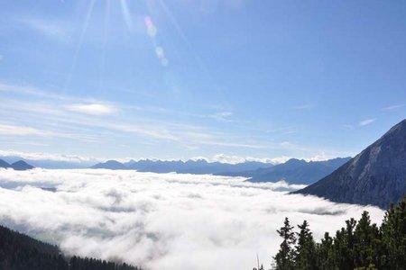 Rotmoosalm - Wangalm - Wettersteinhütte Rundtour