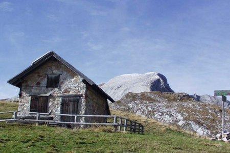 Seekofelhütte ( 2327 m) von Pederü