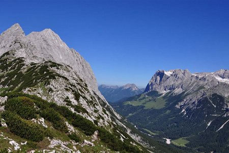 Niedere Munde (2059 m) vom Strassberghaus