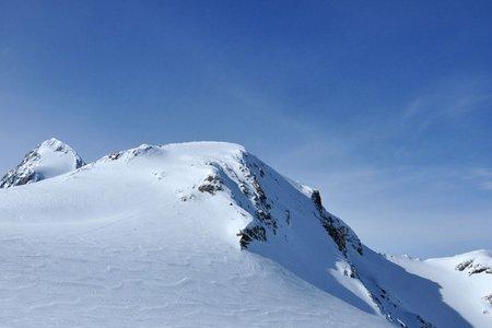 Suldenspitze (3376 m) aus dem Martelltal
