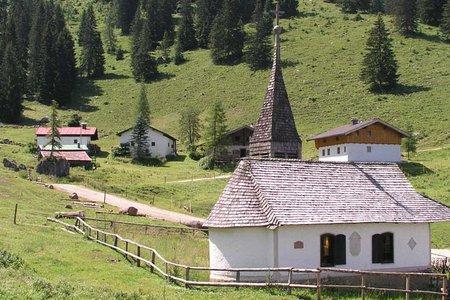 Kaindlhütte (1318 m) vom Hintersteiner See