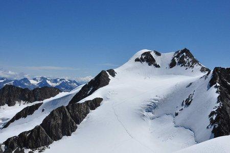 Wildspitze (3774 m) von der Breslauer Hütte