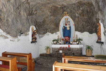 Felsenkapelle zur Rosenkranzkönigin von Taurer/Spöttling