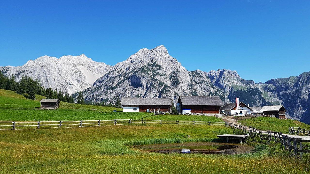 Beste Spielothek in Daasdorf am Berge finden