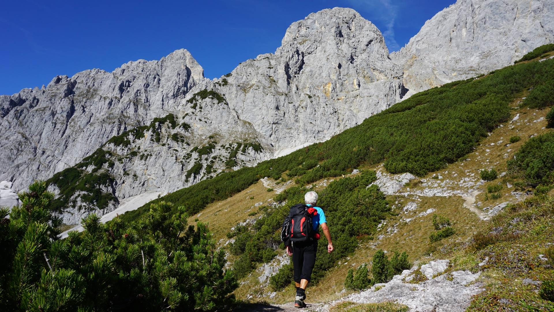 Klettersteig Ellmauer Halt : Klettersteig u wochenbrunner alm m ü d ellmauer halt